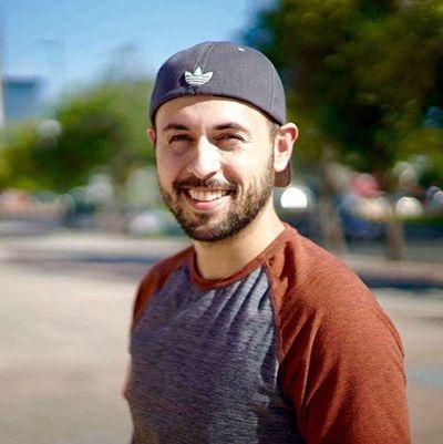 Erick Magana - Videographer @ Bloominari.com